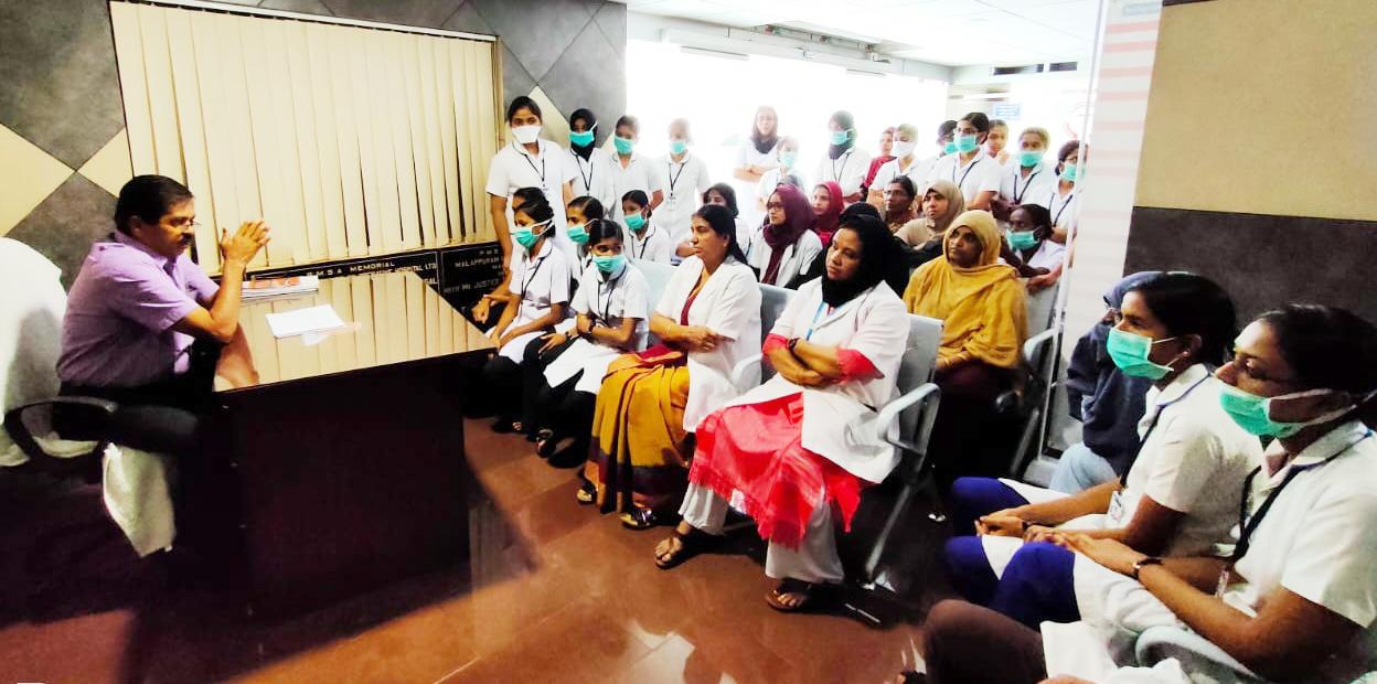 കൊറോണ; മലപ്പുറം ജില്ലാ സഹകരണ ആശുപത്രിയില് ബോധവത്കരണ ക്ലാസ് നടത്തി