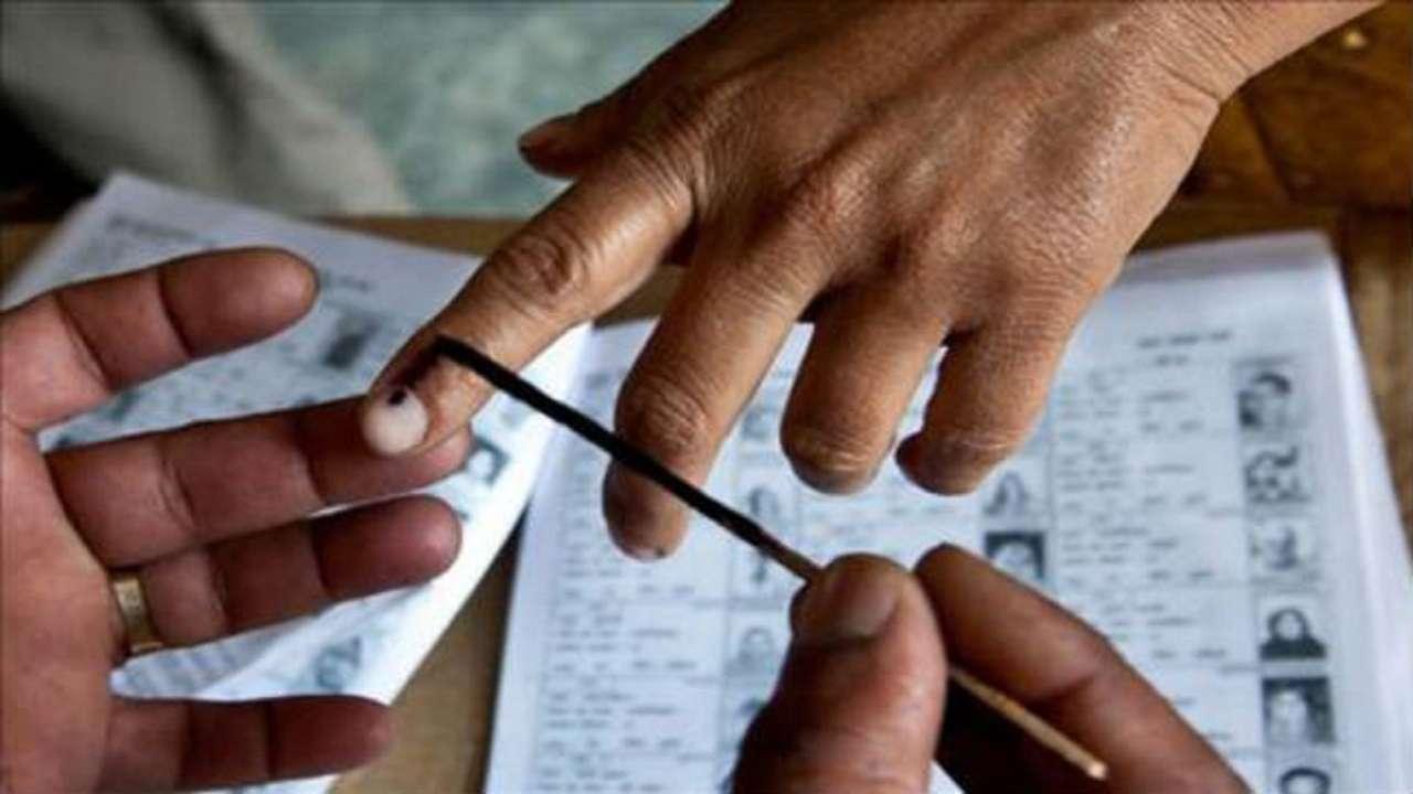 പകുതി സമയം പിന്നിടുമ്പോള് സംസ്ഥാനത്ത് 50 ശതമാനം പോളിംഗ്